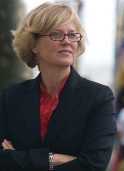 Dr Katharine Rhodes Henderson