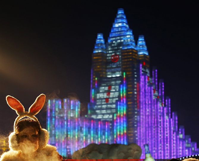 Now that's cool! China's fantabulous SNOW festival