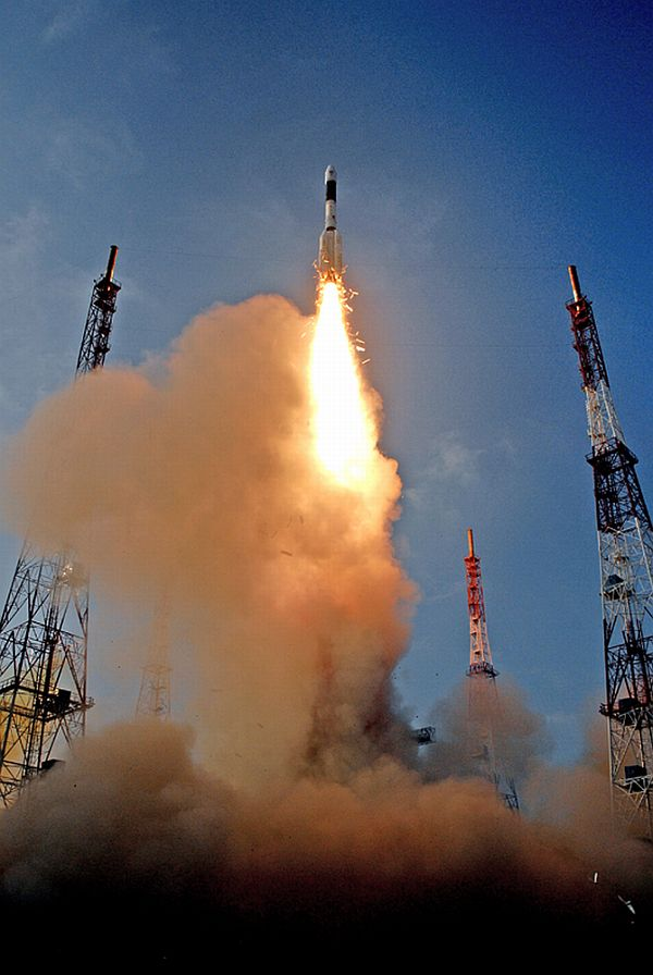 Have you seen GSLV-D5's spectacular lift-off?