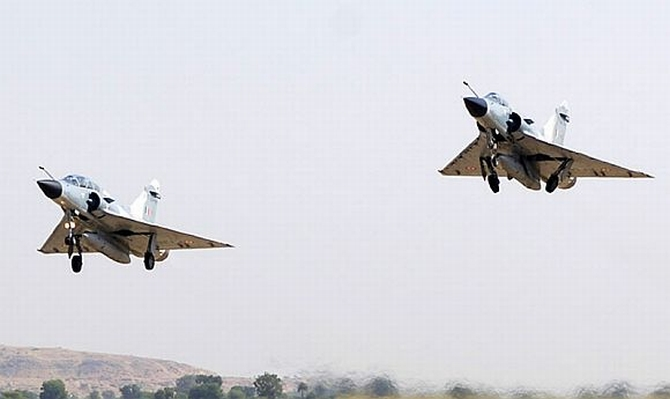 A pair of Mirage-2000 combat planes