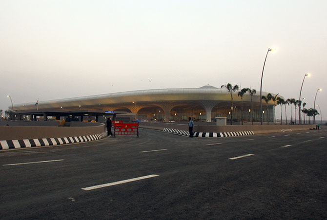 The approach to the terminal has been made hassle-free, and the traffic woes have been left behind thanks to the elevated road connecting it.