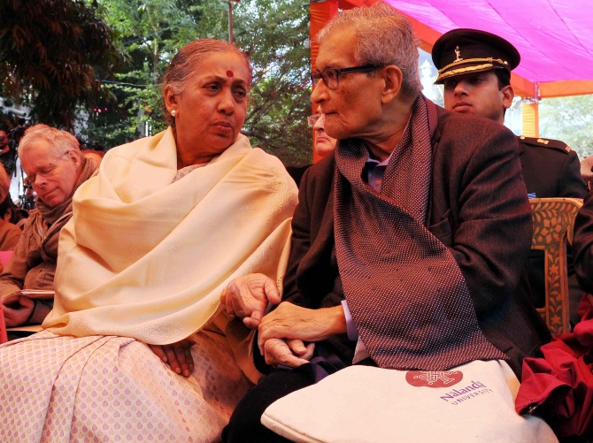 Sen in conversation with Rajasthan Governor Margaret Alva