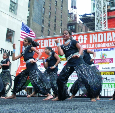 Children perform on India Day parade in New York