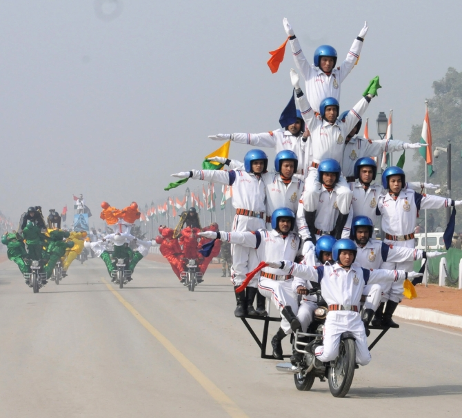 Rajpath comes alive with the dare devil stunts of motorbike riders of Border Security Force