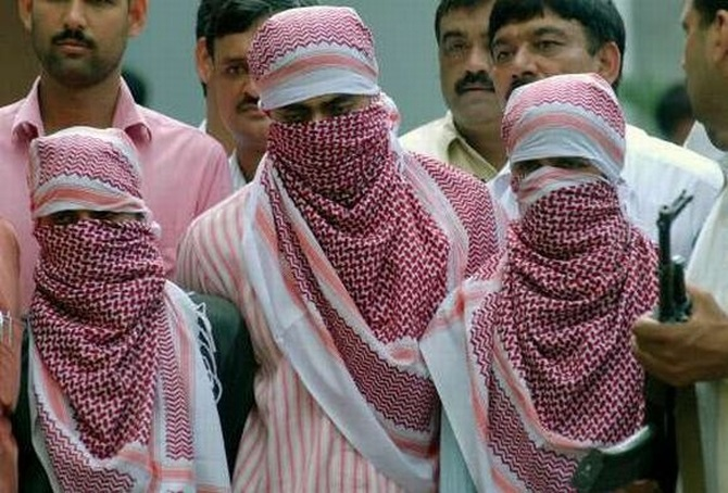 Suspected Indian Mujahideen operatives in custody.