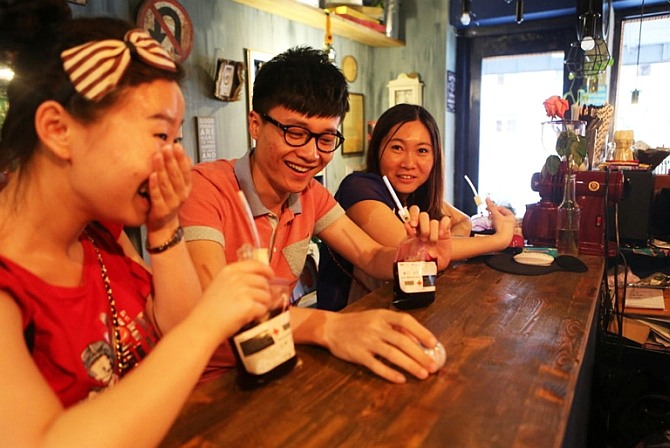 Coffee house serves thirsty customers drinks in blood bags