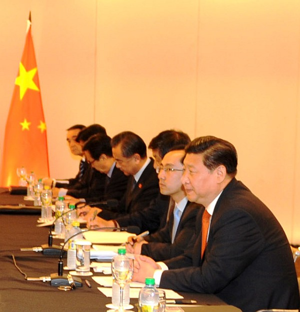 China's President Xi holds a meeting with PM and other Indian diplomats