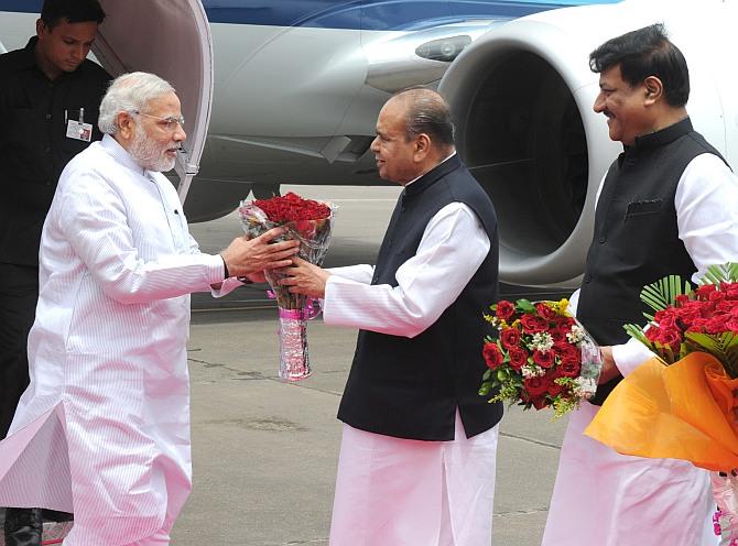 Narendra Modi in Mumbai on first visit as PM