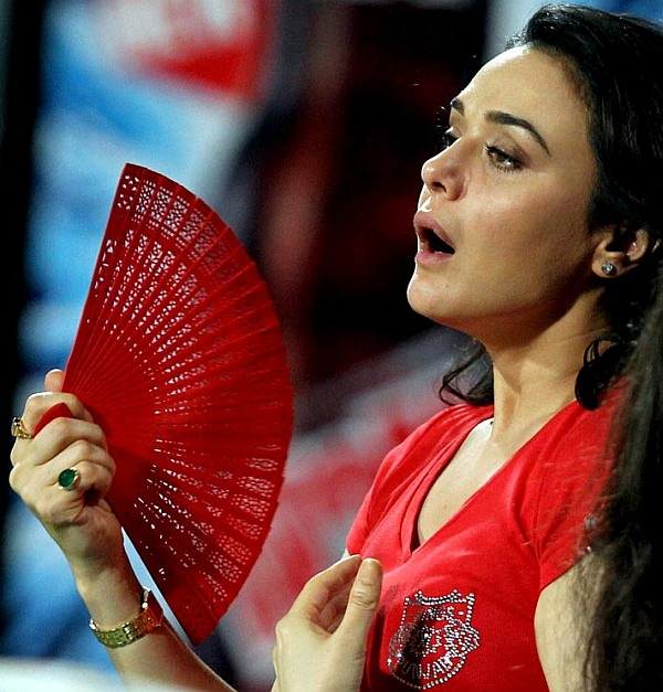 Wadia threw burning cigarettes at my face: Preity to cops