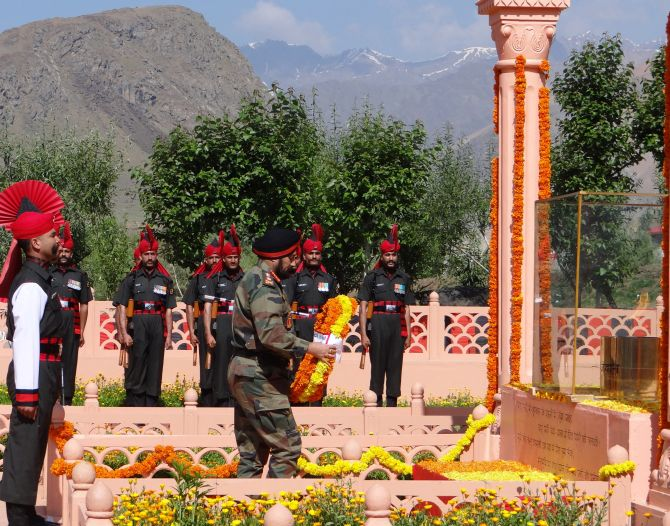 Army Chief General Bikram Singh lays a wreath to honour the martyrs of the Kargil war.