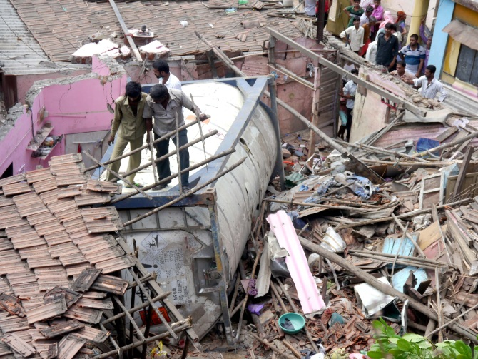 IMAGES: Deadly tanker accident near Mumbai