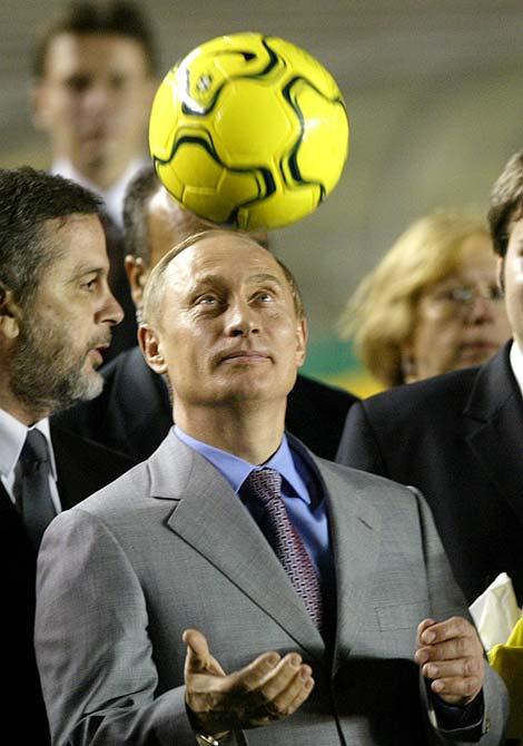 When politicians flaunt their football tricks