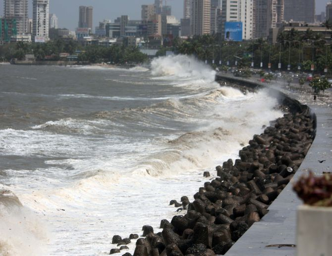 PHOTOS: High tide causes water-logging in parts of Mumbai