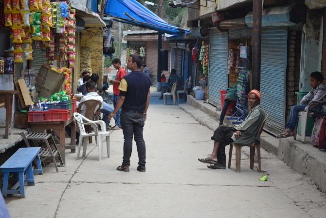 Markets remain empty at Gauri Kund