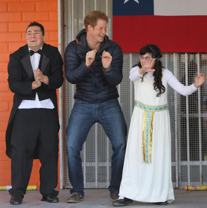 In Chile, Prince Harry does it Gangnam style