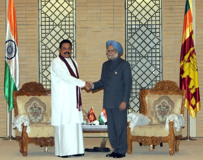 Prime Minister Dr Manmohan Singh with Sri Lankan P