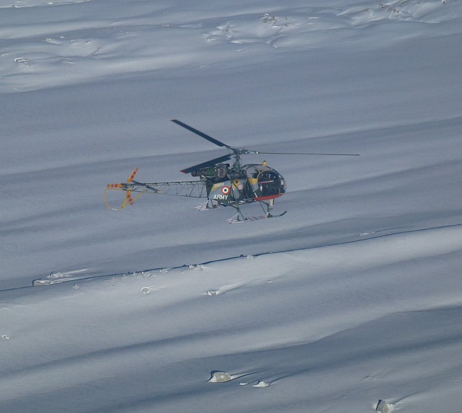 Indian Army Cheetah helicopters patrols the Saltoro ridge.