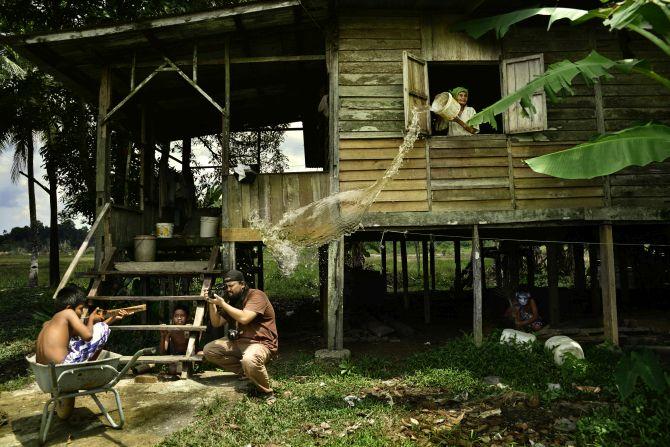 Winner 'Split Second': 'Being a Photographer -- Behind the Scene' by Hairul Azizi Harun, Malaysia