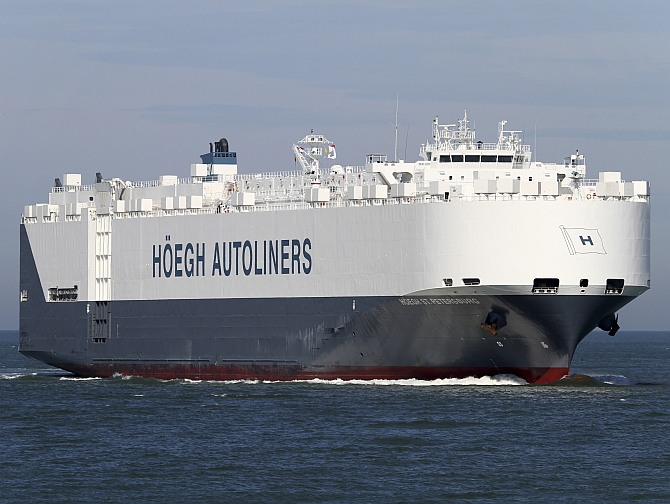 Car carrier Hoegh at sea