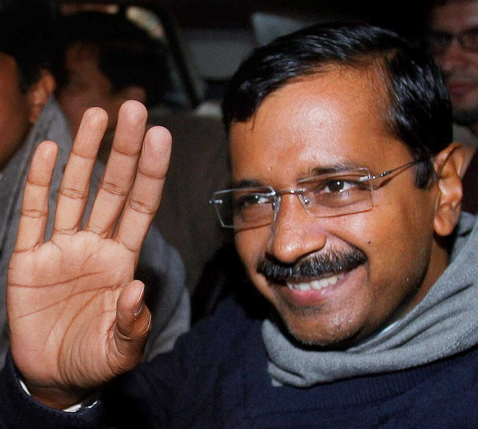 Kejriwal to camp for a month in Varanasi