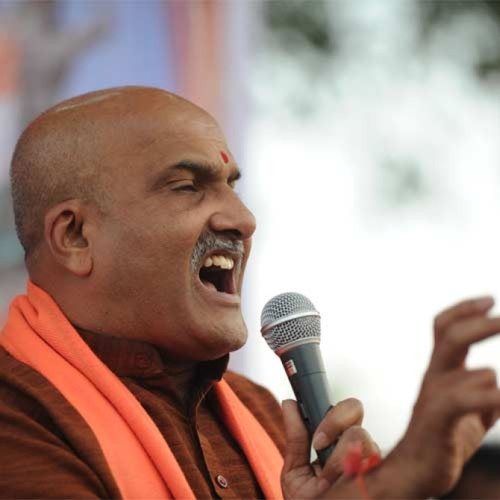 Who directed the Muthalik drama?
