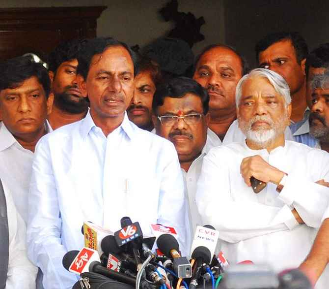 TRS chief K Chandrashekara Rao addressing mediapersons in Hyderabad