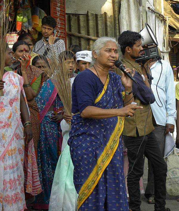 Medha Patkar campaigns in Mumbai's North East suburb of Vikhroli.