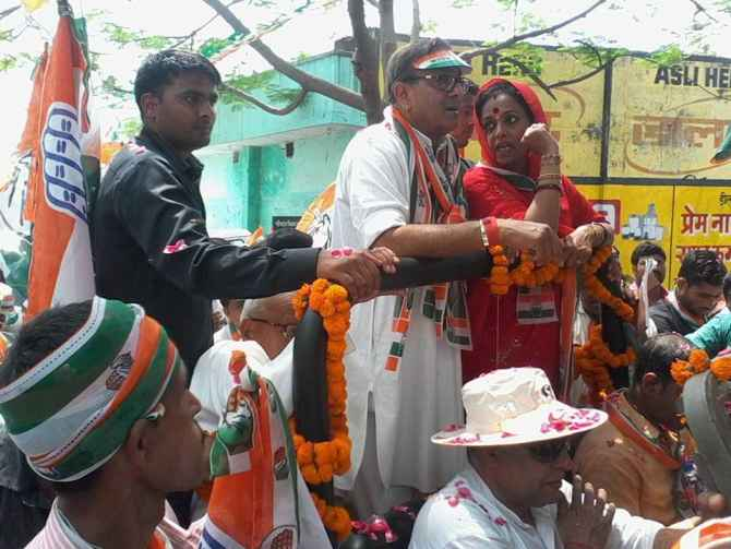 Ameeta Singh campaigns with her husband Sanjay Singh in Sultanpur.