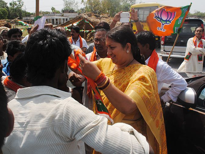 BJP candidate Smriti Irani meets voters at Fauji chauraha.