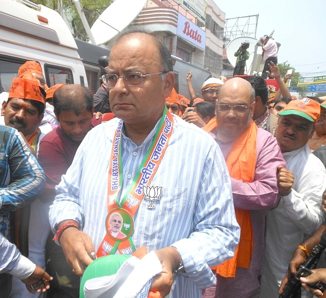 BJP leaders Arun Jaitley and Amit Shah lead protests in Varanasi