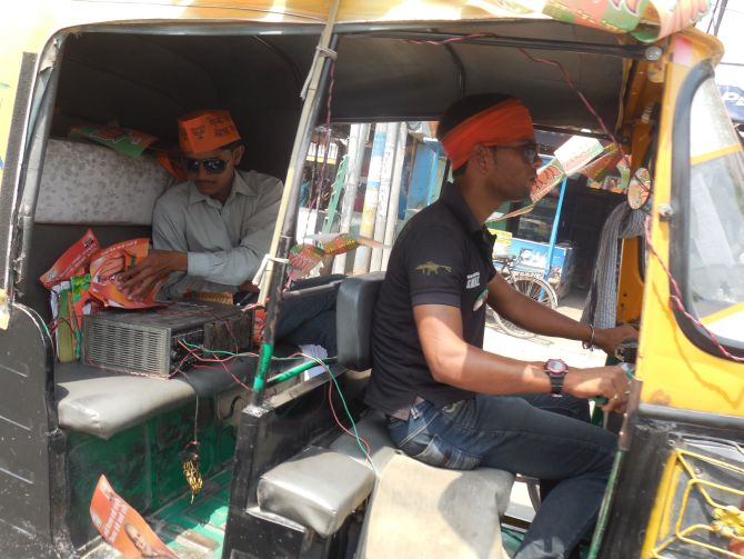 PIX: Party men rev it up in the final leg of Varanasi campaign