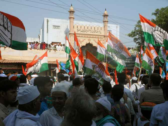 Congress roadshow crosses a mosque in Varanasi on Saturday