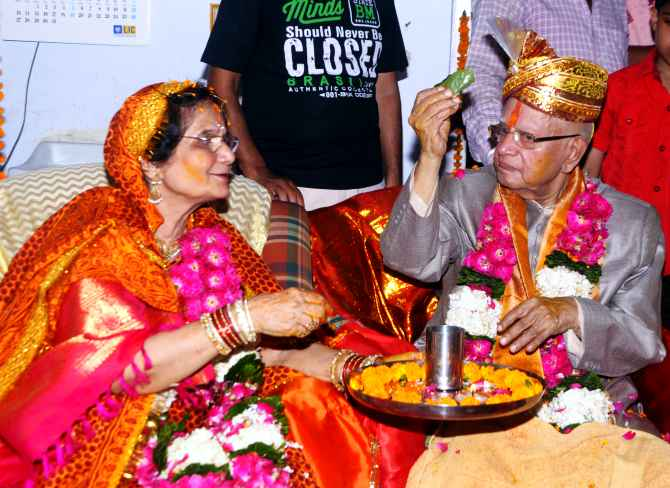 N D Tiwari marries Ujjwala Sharma in Lucknow