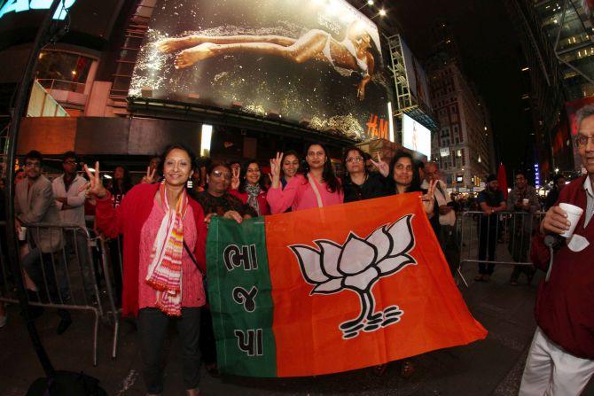 New York's Times Square resounds to 'Modi, Modi!'