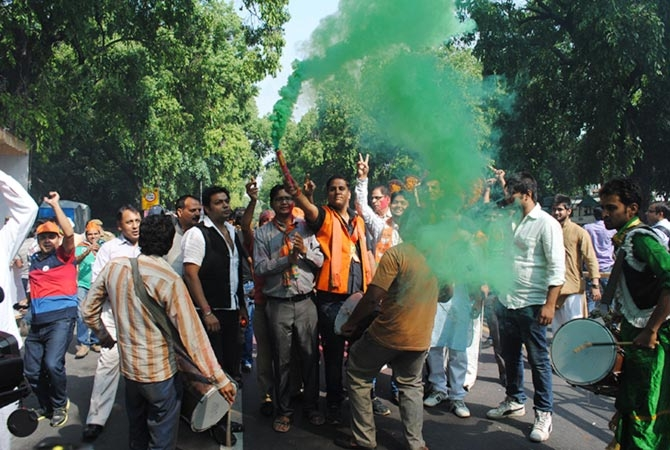 BJP readies for victory lap in New Delhi, Cong sulks