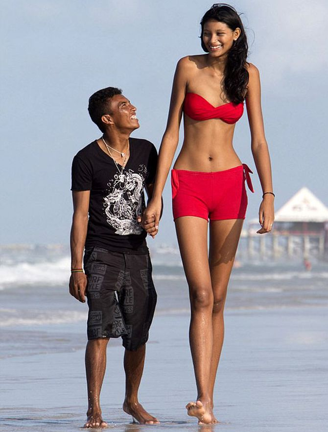 Brazil's Elisany da Cruz Silva with her to-husband Francinaldo.