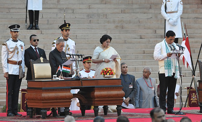 PM NaMo and his team take oath