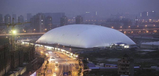 China erects dome over stinky factory