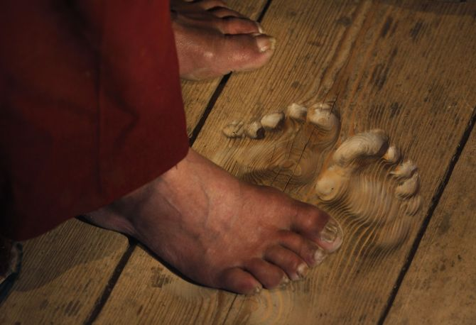 Buddhist monk leaves his mark