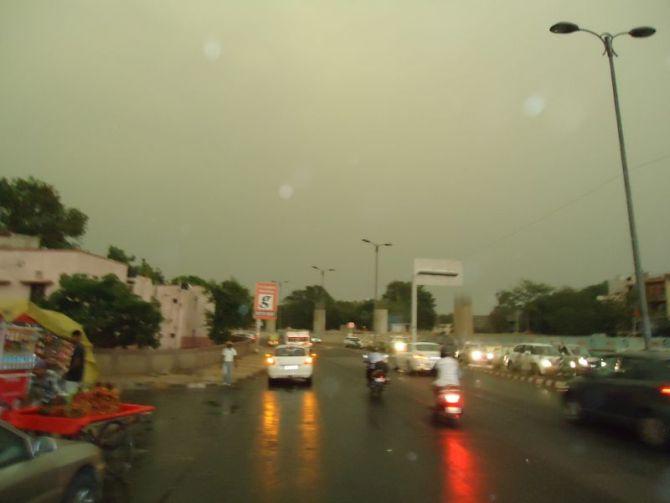 IN PHOTOS: Freak storm hits Delhi, kills 9
