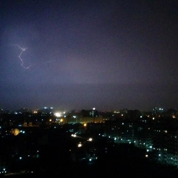 Lightening strikes Delhi after the storm