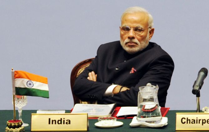 India News - Latest World & Political News - Current News Headlines in India - Country still feels endless pain over lives lost in 26/11 attack: PM