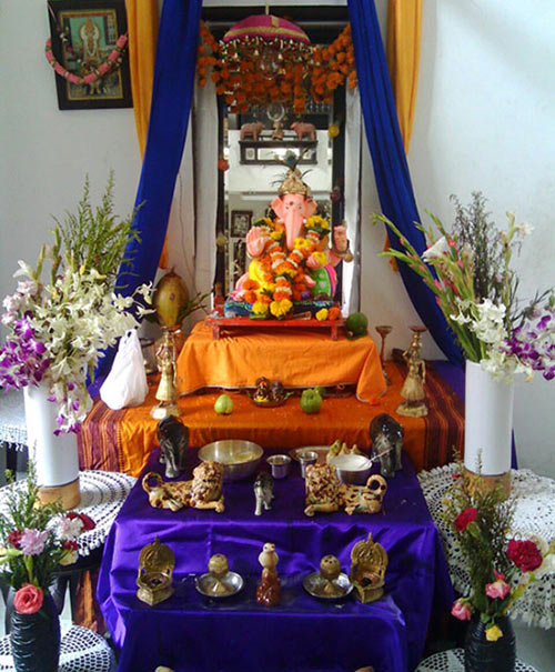 The Ganesha idol at the Thakker's home