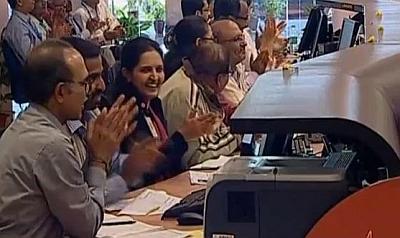 congratulate the isro team behind mangalyaan rediffcom