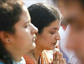 India News - Latest World & Political News - Current News Headlines in India - 26/11 martyr Hemant Karkare's wife Kavita cremated