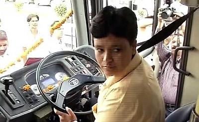Delhi city bus's 1st woman driver is from Telangana - Rediff com