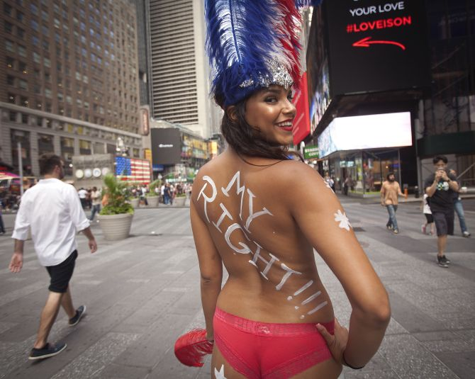 Hold your Horses! The Naked Cowboy is here to stay - The