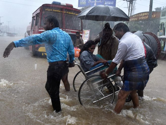 Daily protein ebooks ebook tamil nadu rain crisis the reservoir has been getting heavy supplies from the rain in catchment areas electricity has been cut off in most parts of the city as a fandeluxe Document