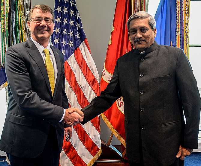 India Us Sign Agreement To Enable Forces To Use Each Others Base