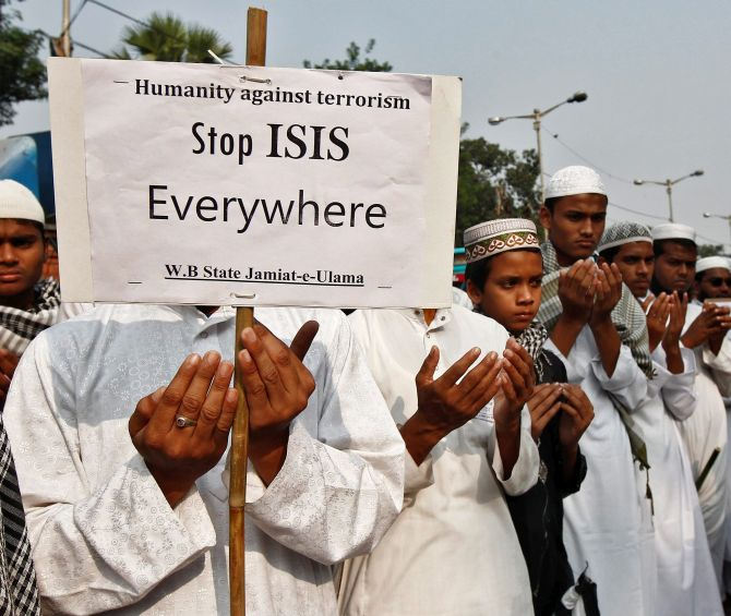 16 Year Old Girl From Pune Stopped From Joining Islamic State Rediff Com India News